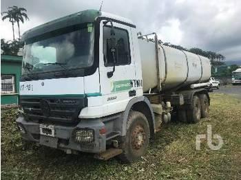 Ojetý MERCEDES-BENZ ACTROS 3336 8000 Litre 6x4 cisternové vozidlo z