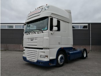 DAF XF105-460 4x2 Euro 5 SuperSpaceCab - LowLiner - Manual - Special Interior - Top-condition - tahač
