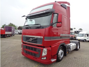 Volvo FH 420 + Double bed + spoiler + very clean! - tahač